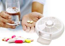 Forgó gyógyszeradagoló 7 rekesszel
