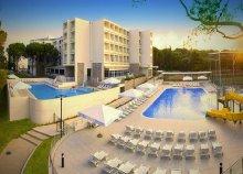 Csobbanj Biogradban – 8 nap a Hotel Adria***-ban félpanzióval