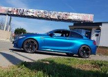 BMW M2 sportautó vezetése a Hungaroringen