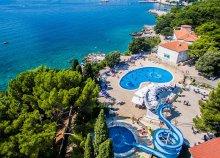 8 napos vakáció az Adriai-tengernél, Krk-szigeten, félpanzióval, a Hotel Drazica Resortben***