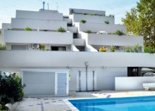 Vakáció az olasz Adrián, Bibionéban, önellátással, az új építésű Ferrari Apartmanban