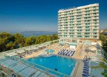 8 nap az Adriai-tengernél, Makarska városkájában, félpanzióval, a Dalmacija Sunny*** Hotelben