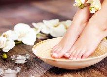 Esztétikai pedikűr géllakkal az egészséges és csinos lábakért a Klinikáknál lévő Pinkmontage Stúdióban