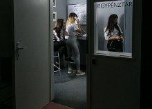 A Metro című szabadulós játék 2-6 fő részére a Locked Room Budapest jóvoltából