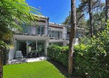 Pihenés az Adriai-tengernél, Olaszországban, Lignanóban, önellátással, a Villa Gloria vendégeként