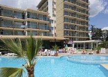 8 napos nyaralás a bulgáriai Naposparton, repülővel, reggelivel, transzferrel, az Arda Hotelben***