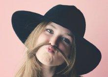 Bajuszgyanta a Beauty Deluxe Cosmetics Rózsadomb jóvoltából