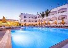 8 nap 2 főre Rodoszon, a Falirakiban lévő Orion Hotelben***, félpanzióval, repülőjeggyel és illetékkel