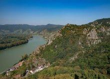 1 napos buszos kirándulás az ausztriai Dunakanyarhoz