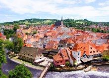3 napos buszos utazás dél-csehországi várakhoz és a Klosterneuburgi apátsághoz, reggelivel, 3*-os szállással