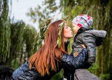 1 órás családi fotózás Budapesten, otthonodban vagy szabadtéren a Marton Balázs Photography-tól