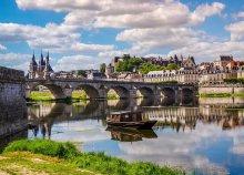 Buszos utazás Franciaországba, a Loire-menti kastélyokhoz, reggelivel, idegenvezetéssel