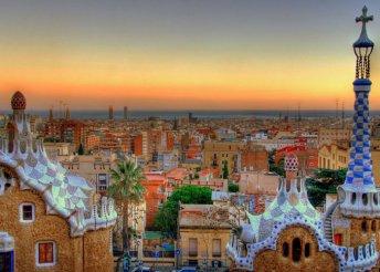 4 nap 2 személyre Barcelonában, reggelivel, a H10 Casanova**** Hotelben