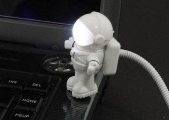 USB-s LED-lámpa, amivel tökéletesen megvilágíthatod a laptopod billentyűzetét a sötétben