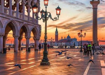 3 nap 2 személyre Velencében, reggelivel, a Hotel Ariston*** vendégeként