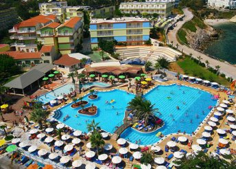 Teljes ellátás és luxus Krétán 1 főnek – 8 nap 4-csillagos szállodában