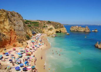 Óceánparti, 4-csillagos élvezet Portugáliában 2 főnek – 8 nap repülőjeggyel, félpanzióval