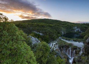 Utazás a Plitvicei-tavakhoz - egy napos buszos utazás egy személy részére