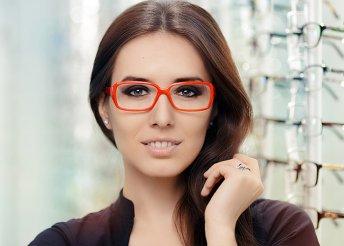 Egyfókuszú szemüveg Essilor lencsével
