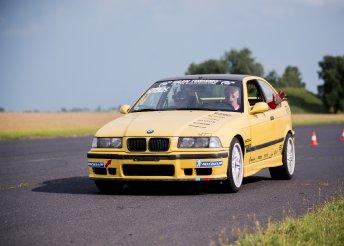 Mazda vagy BMW vezetése az Euroringen