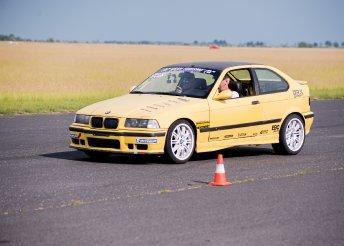 Mazda vagy BMW vezetése a DRX-Ringen