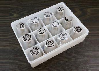 12 db fém sütemény díszítő cső szett dobozban