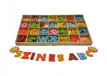 Fa betűkészlet 300 darab színes betűvel