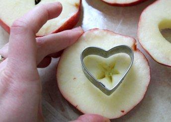 Szív alakú süti kiszúró (2 darabos)