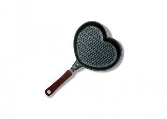 Szív alakú serpenyő