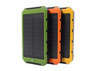 8000 mAh-s vízálló napelemes töltő