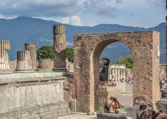 11 nap 1 főre Dél-Olaszországban reggelivel, buszos utazással, hajózással, idegenvezetéssel