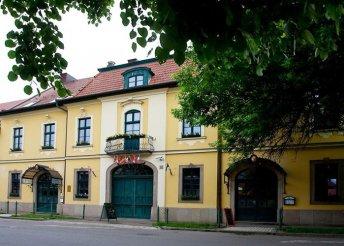 3 napos nyaralás 2 főre Egerben, az Aqua*** Hotelben, félpanzióval, belépővel az Egri Strand- és Termálfürdőbe