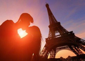 Párizsi Disneyland! 3 éjszaka szállás reggelivel, repülőjeggyel, 3 napos parkbelépővel, idegenvezetéssel