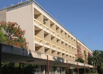 8 nap az Adriai-tengernél, a makarskai riviérán, félpanzióval a Hotel Alem** vendégeként