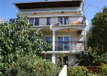 8 napos pihenés az Adriai-tengernél, Crikvenicán, önellátással a Bohemia*** Apartmanban