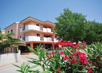 8 napos nyaralás az Adrián, a zadari riviérán, Privlaka városkájában, félpanzióval a Laguna**** Hotelben