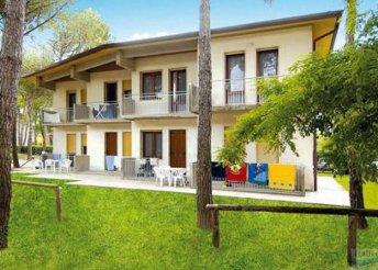 Pihenés az olasz tengerparton, Bibionéban, önellátással, a Villa Lucina 6-8 fős, négy légterű apartmanjaiban