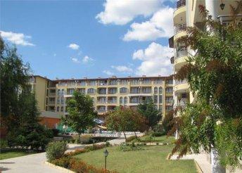 8 nap a bulgáriai Naposparton, repülőjeggyel, önellátással, a Royal Dreams Complex*** apartmanszállodában
