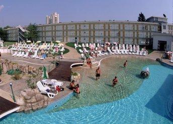 8 nap a bulgáriai Naposparton, repülőjeggyel, all inclusive ellátással, a Trakia Hotelben**