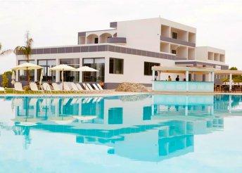 8 napos nyaralás Görögországban, Rodoszon, repülőjeggyel, all inclusive ellátással, az Evita Resortban****