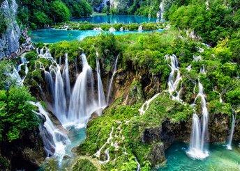1 napos buszos utazás a Plitvicei-tavakhoz, Horvátországba, tavaszi, nyári és őszi időpontokban