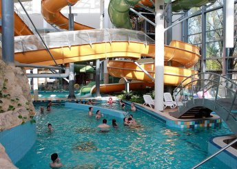 3 napos nyaralás 2 főre Gyulán, félpanzióval, bor- és masszázskedvezménnyel, az Aqua Hotel Gyula Superiorban