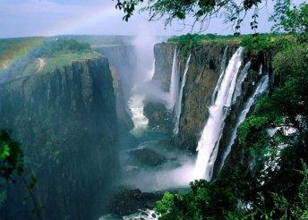 15 napos körutazás Dél-Afrikában, látogatás a Viktória-vízeséshez, repülővel, helyi busszal