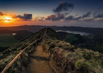 8 napos kirándulás az Azori-szigeteken, az Atlanti-óceán közepén, repülővel, reggelivel, idegenvezetéssel