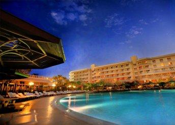 8 napos nyaralás Egyiptomban, Hurghadán, all inclusive ellátással, repülővel, transzferrel, a Sindbad Clubban