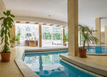 4 napos nyaralás 2 főre Hévízen, a CE Quelle Hotelben, félpanzióval, sétahajózással és wellness használattal