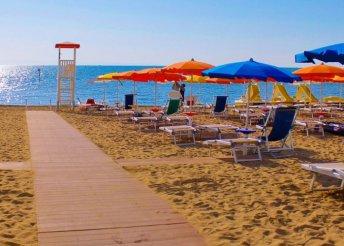 Pihenés az Adriai-tengernél, Olaszországban, Lignanóban, önellátással, az Estate Apartman vendégeként