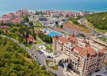 8 napos nyaralás Napospart közelében, Elenite-ben, repülőjeggyel, félpanzióval, a Royal Castle***** hotelben