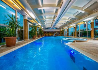 3 nap 2 főre a harkányi Dráva Hotel Thermal Resortban félpanzióval, fürdőbelépővel
