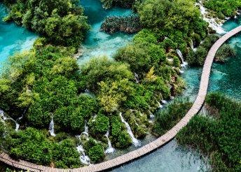 Non-stop buszos utazás Horvátországba, a Plitvicei-tavakhoz és a tengerparti Senj városába